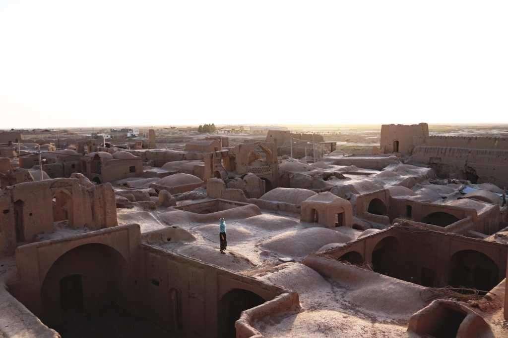 must to visit in iran ghoortan citadel varzaneh negaar guesthouse tours